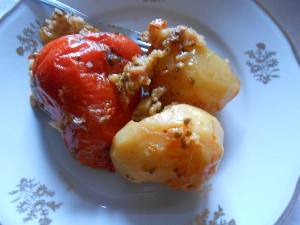 Sveža paprika punjena pirinčem